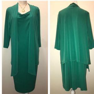Kelly Green 1 piece suit dress. Size 10 Stretchy!